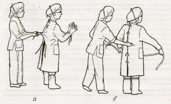 Надевание стерильного халата медсестры